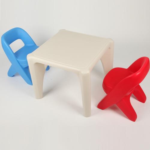 구니카 스텝2 책상+의자 세트